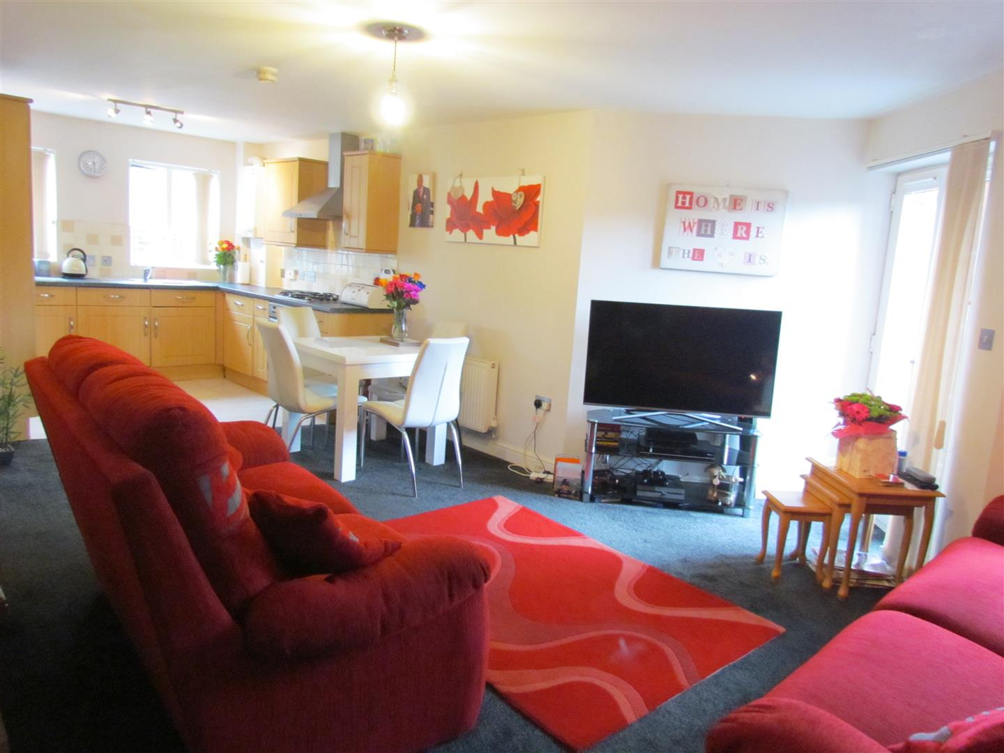1 Bedroom Ground Flat for sale in Checketts Lane, Worcester
